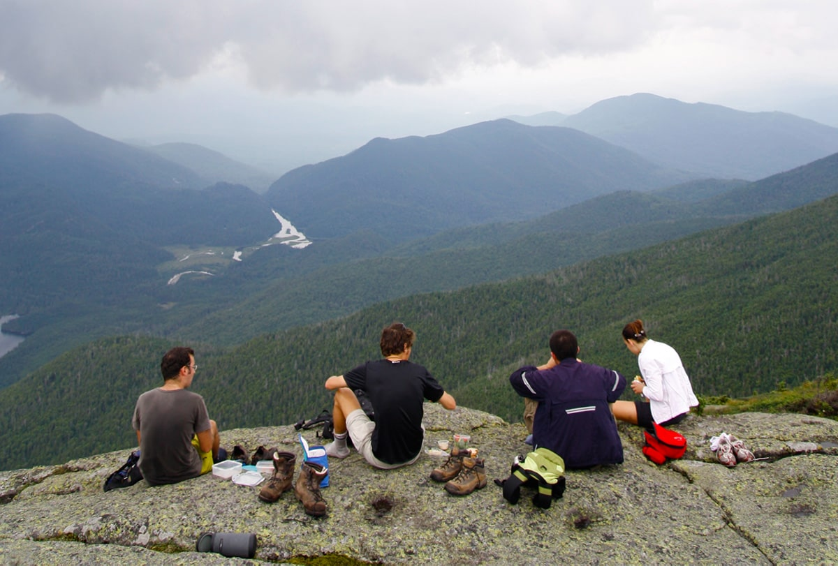 Find hosts and guests everywhere in the world